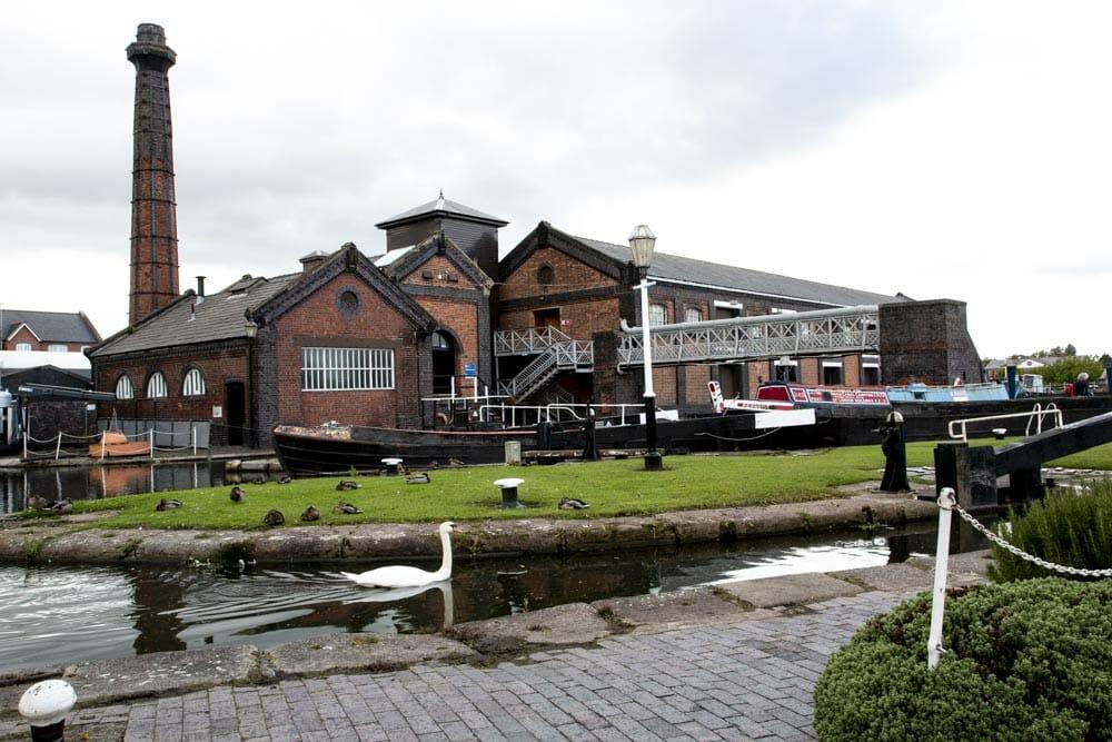 Det britiske National Waterways Museum er indrettet i den gamle kanalhavn, Ellesmere Port i Cheshire